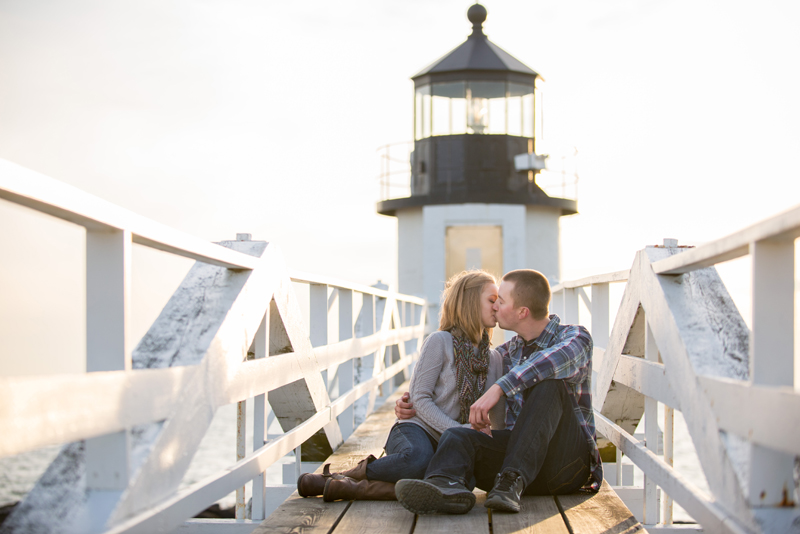 lighthouse-engagement-haley-j-photography-1.jpg