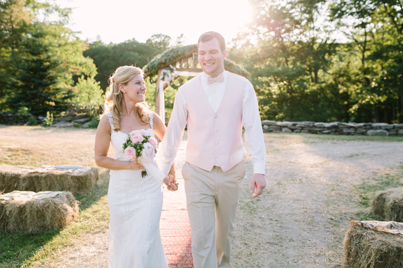 01-rustic-rural-maine-wedding-courtney-elizabeth.jpg